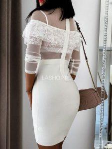 Do czego pasuje sukienka ecru mini?